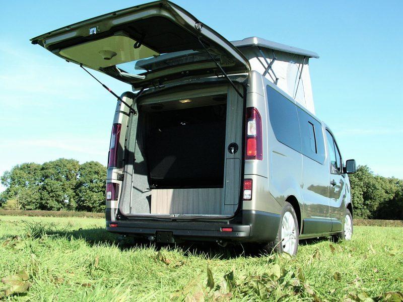 Bespoke Renault Trafic Camper van Conversion Leics Midlands